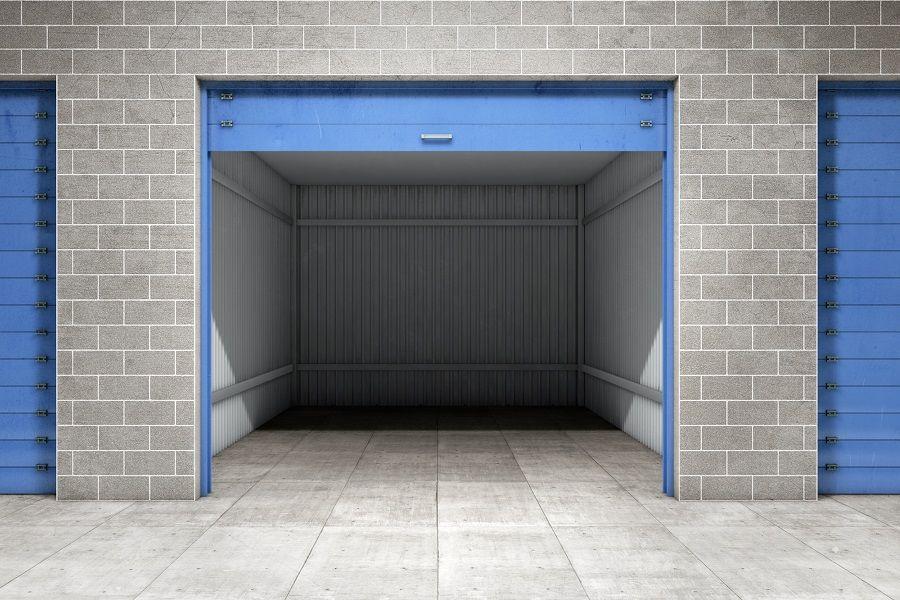 mały garaż