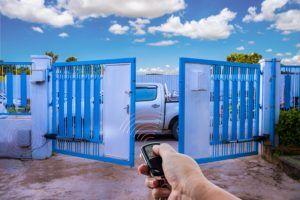 Brama automatyczna 300x200 - Automatyka bram garażowych